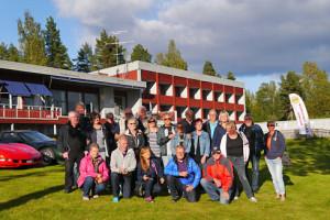 Gänget samlat vid Siljansnäs Hotell efter lördagens rundtur.