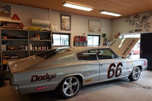 Tommys fina Dodge Charger – nu sänkt och med nya fälgar