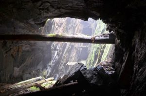 Uppsikt från gruvan.